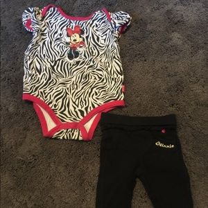 2 piece Minnie Mouse outfit